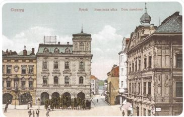 Another view of Demelplatz